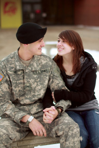 Students discusse difficulties of military relationship