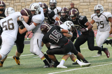 The Indians fall to Garden City during homecoming game