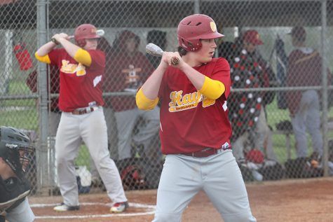 Indian baseball splits doubleheader against Dodge City