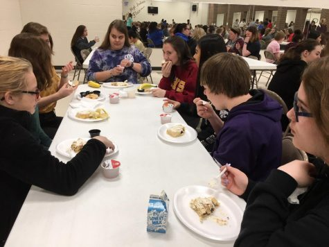 Academic Booster Club holds quarterly Breakfast of Champions to recognize student achievement
