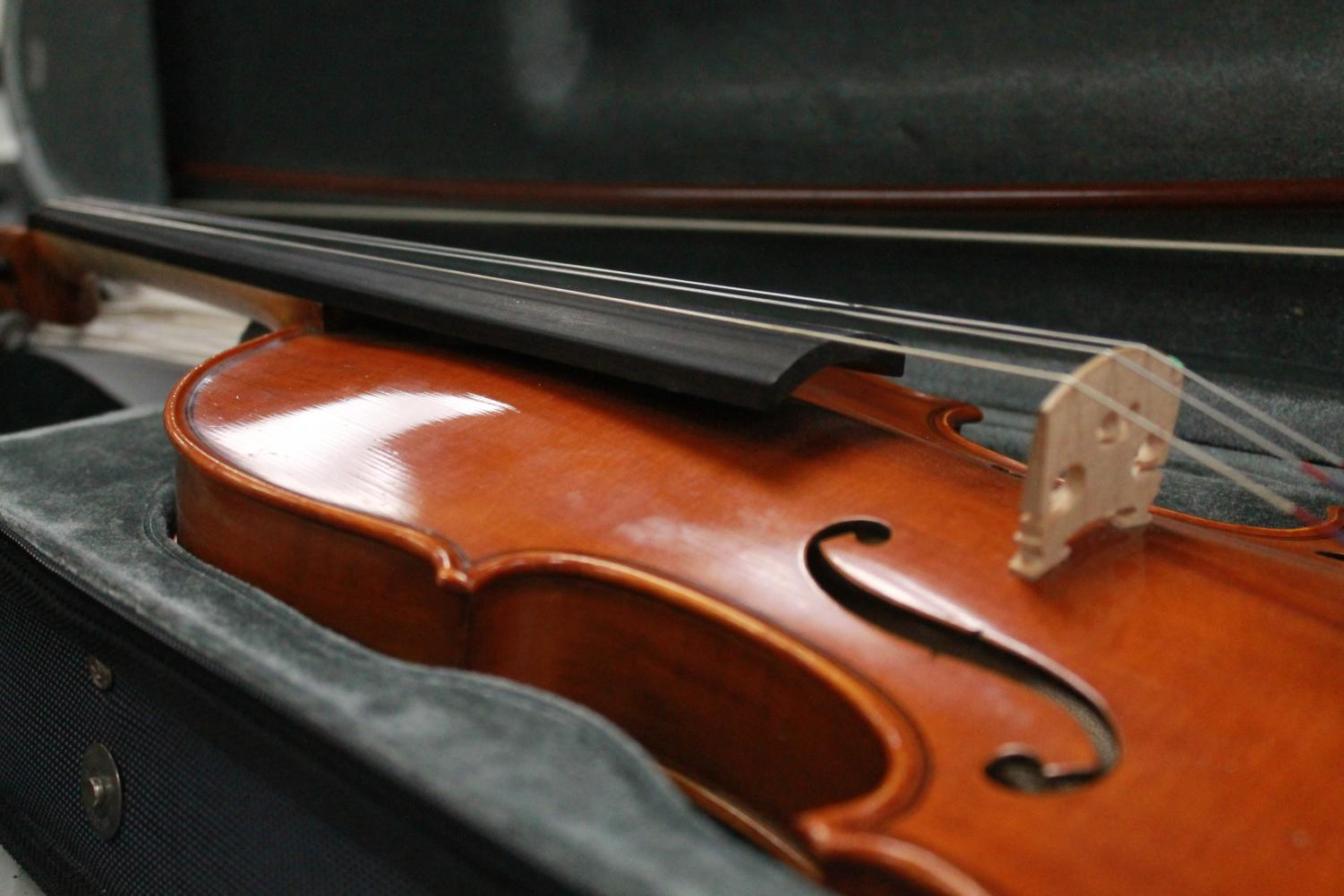 The orchestra traveled to all the elementary schools in town on Feb. 28. Elementary schoolers guessed which instruments were which at each school.
