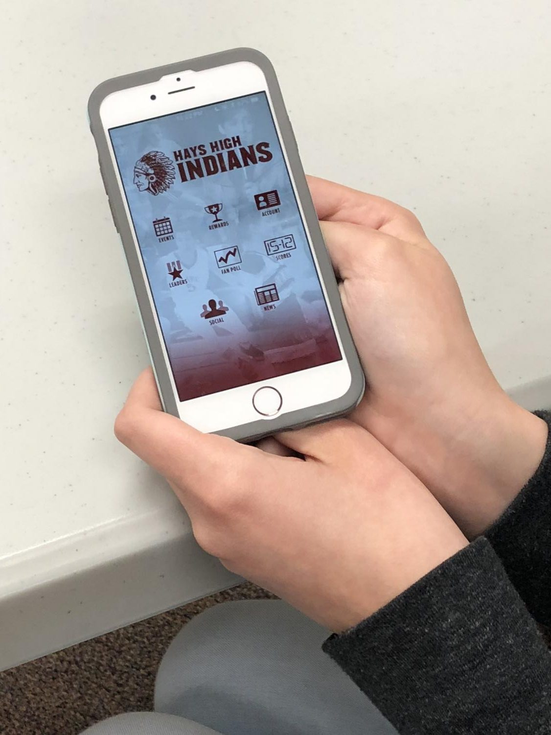 On the StuCo app, students are able to check into different school events to earn points. They are then able to cash out their points for different prizes.