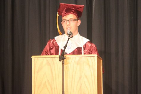 Seniors take first step in graduation week events through baccalaureate