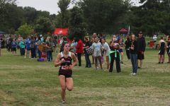 Freshman Kambri Bogart pushes to the finish.