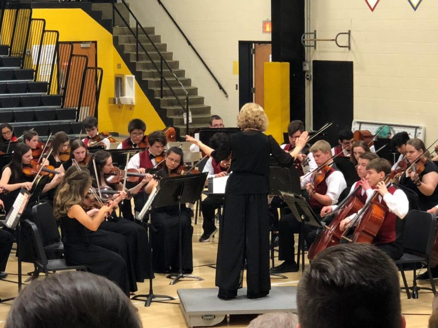 The+Hays+High+School+Orchestra+performs+during+the+All+City+Strings+Concert+in+2018.+Crull+said+she+believed+this+year%27s+concert+went+well+in+showing+the+student+progress+from+elementary+ages+to+high+school.