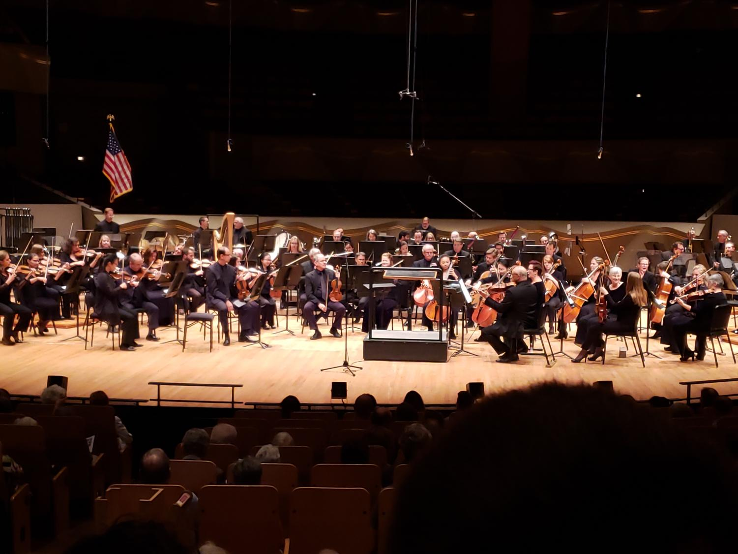 The Colorado Symphony warms up for their performance of  the Mendelssohn Violin Concerto featuring Yumi Hwang-Williams.