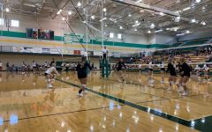 Volleyball goes 2-1 in Pratt