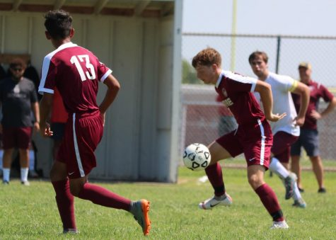 Boys soccer team struggles against Dodge City