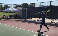 Junior Maggie Robben played #2 singles at regionals.