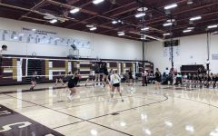 Volleyball splits on senior night