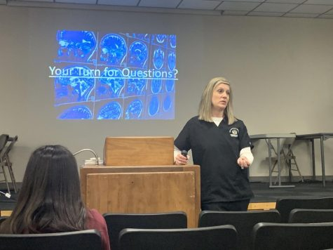 Associate Professor and Radiology Technology Program Director Jennifer Wagner speaks to students during PRIDE Time