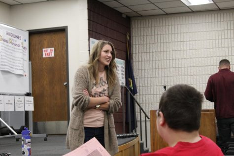 Drug and Alcohol Wellness Network Coordinator speaks to students on Oct. 30