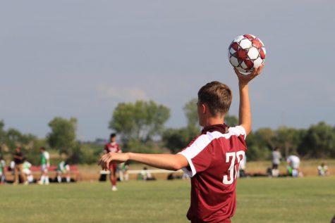 Boys soccer loses to Garden City