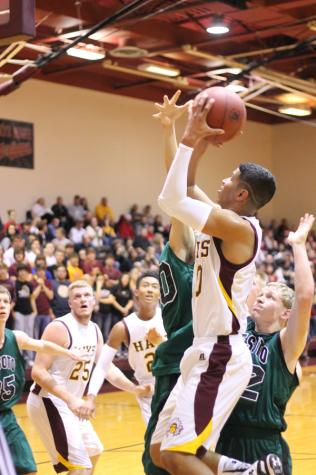 Boys basketball takes second in tourney