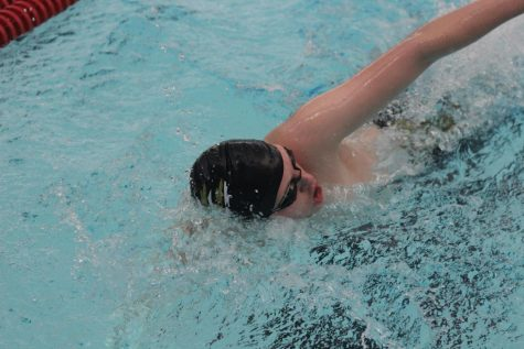 Swim team places fifth at final Salina meet