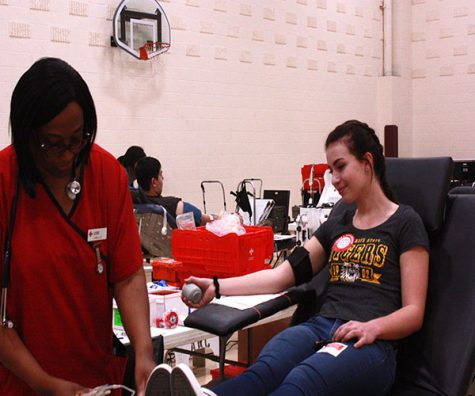 Red Cross Club holds biannual blood drive