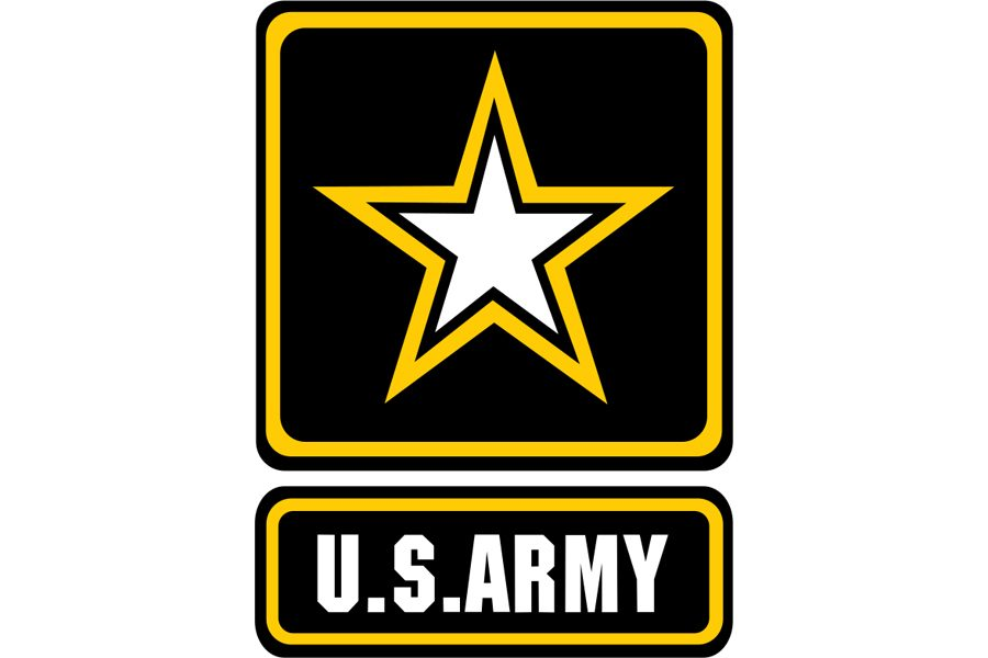 All+three+students+applying+to+go+into+the+military+are+enlisting+in+the+Army+Reserve.+Juniors+Jacob+Maska%2C+Molly+Eikenberry%2C+and+Spencer+Wittkorn+have+or+will+be+enlisting+when+they+turn+17+with+their+parent+or+guardian%27s+approval.