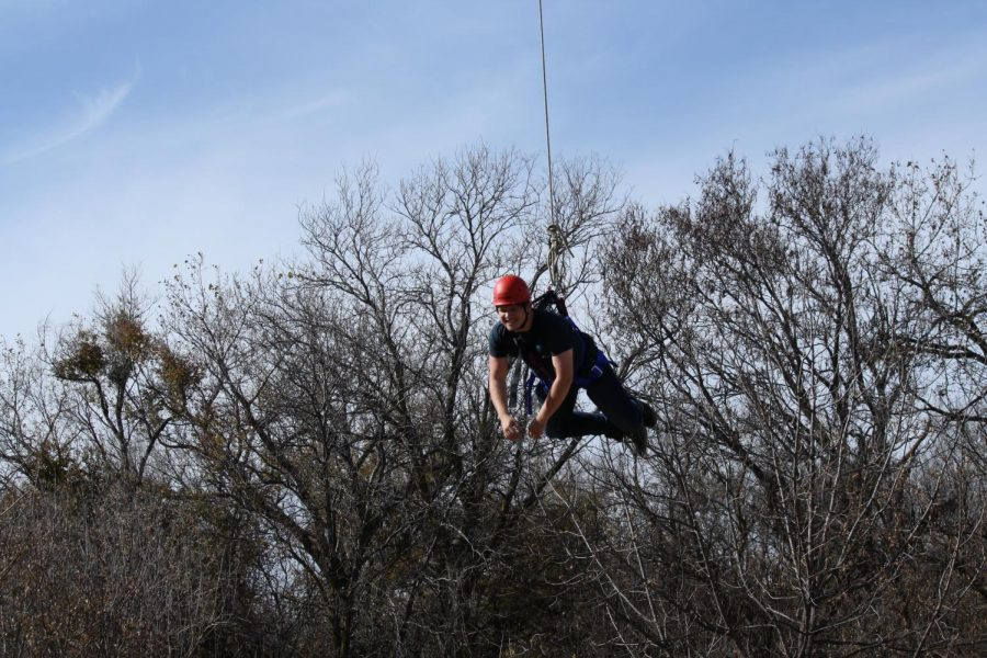 JAG-K+classes+participated+in+the+Fort+Hays+ropes+course+for+team+building+exercises.