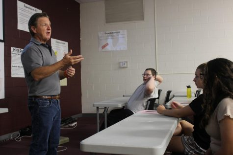 Mike Koerner speaks to students about communications and broadcasting career on first career day