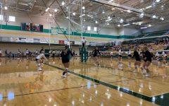 Volleyball goes 2-1 in Pratt