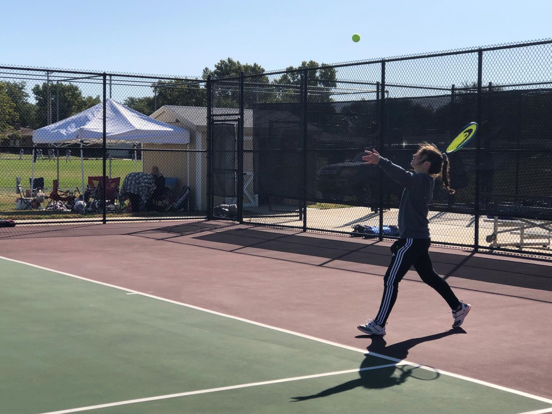 Junior Maggie Robben played #2 singles at regionals.