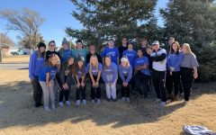 Students volunteer at community Turkey Trot