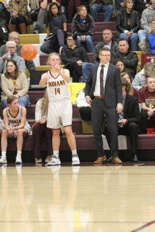 Kyle Porter leaving Hays High, girls basketball program for new position, pending school board approval