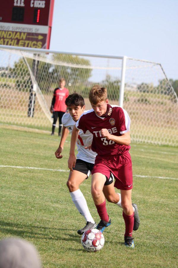 Boys soccer falls to Liberal, Garden