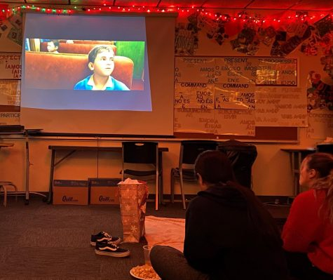 "FLHS member gathered together on Dec. 11 at 6 p.m. to exchange gifts, eat food and watch a movie. The group watched ""The Polar Express."""