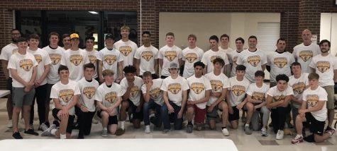 Boys basketball hosts end-of-season banquet, presents student awards