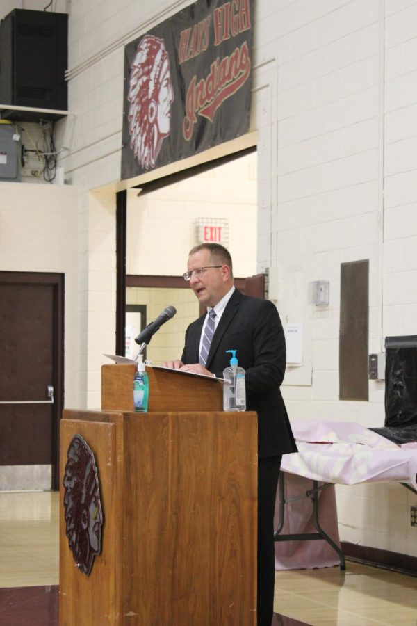 Hays High holds Academic and Athletic Awards Ceremony